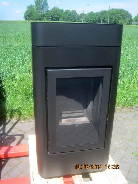 mcz pelletofen cap 8 kw ohne warmluftventilatoren. Black Bedroom Furniture Sets. Home Design Ideas
